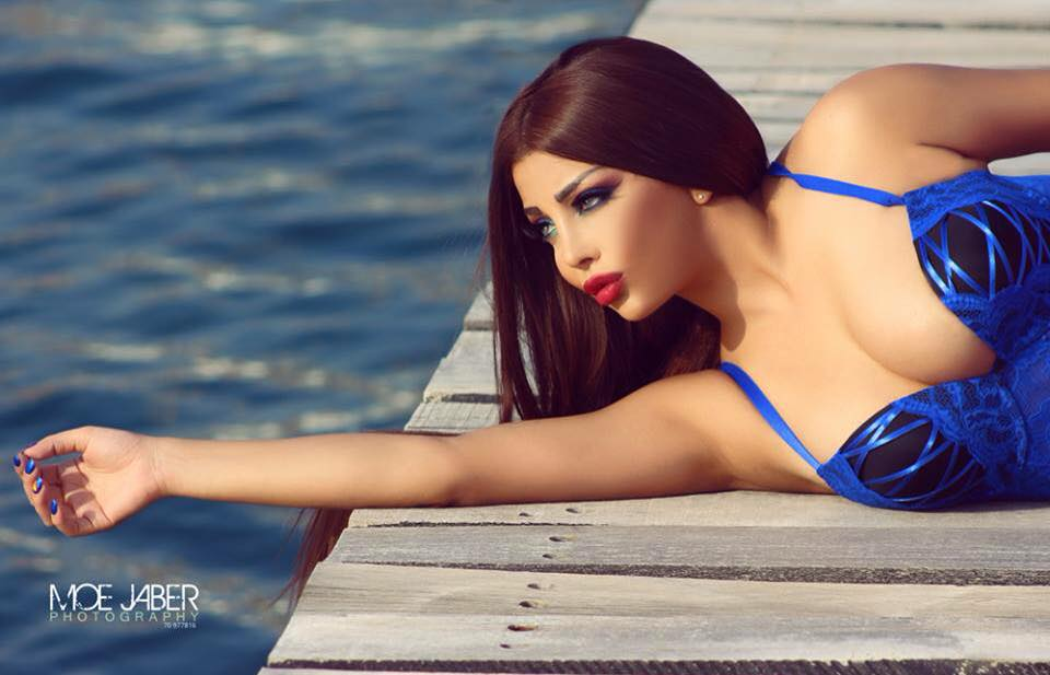 Gallery THE QUEEN ROLA YAMOUT