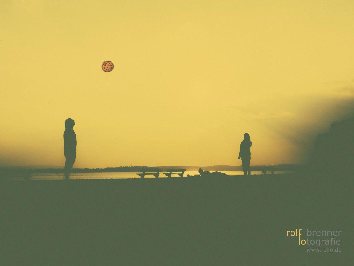 Ballspiel am Meersburger Ufer