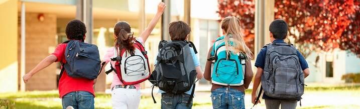 девочка с рюкзаком для роликов - Поиск в Google - Mozilla Firefox