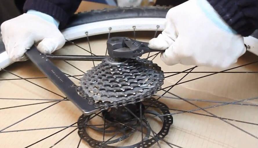 Как поменять велосипедную кассету