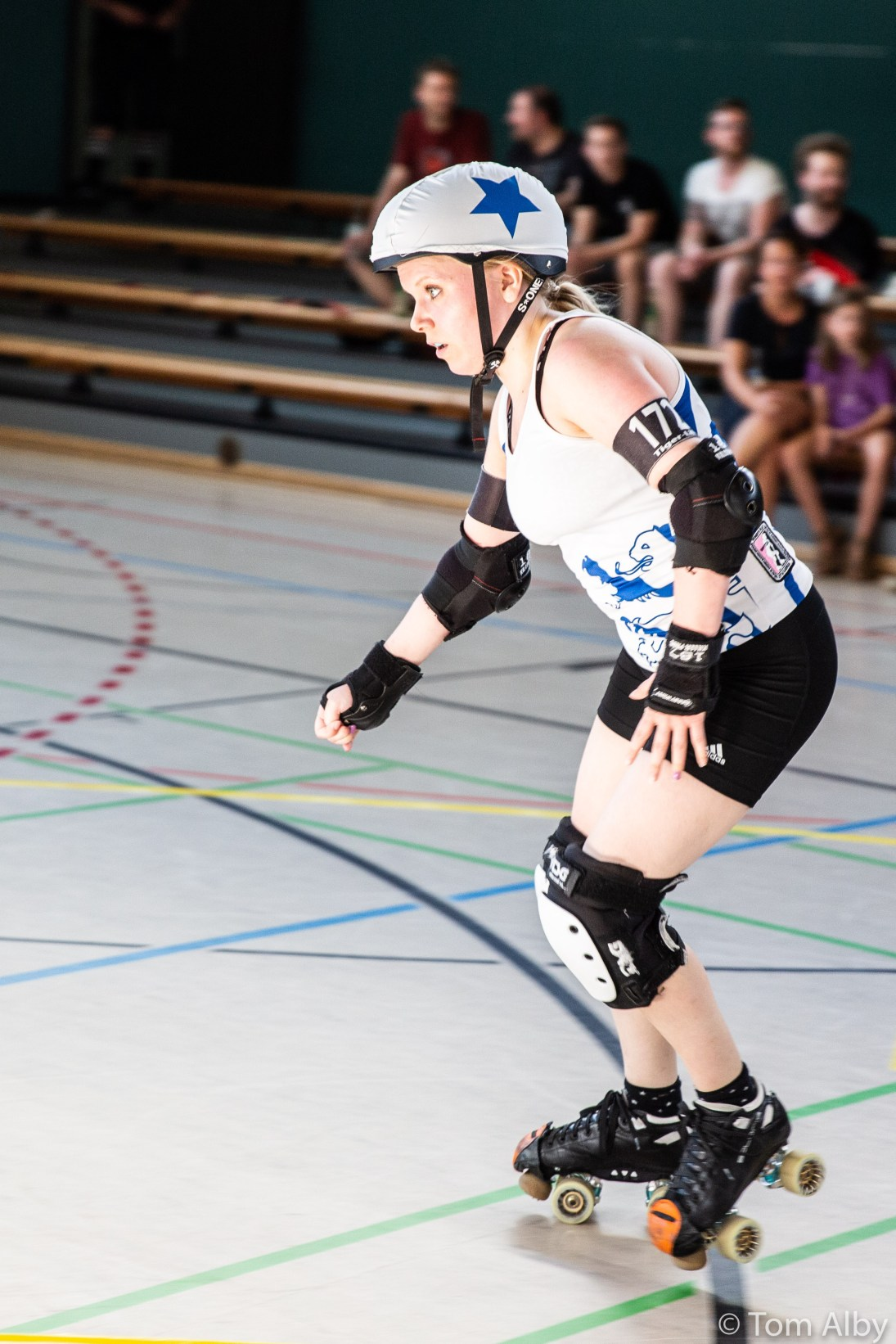 harbor-girls-munich-rolling-rebels-42