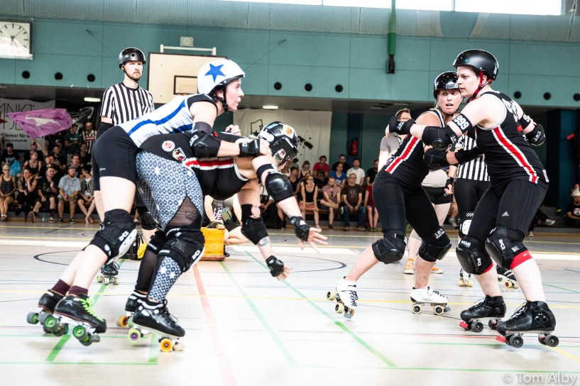 harbor-girls-munich-rolling-rebels-56