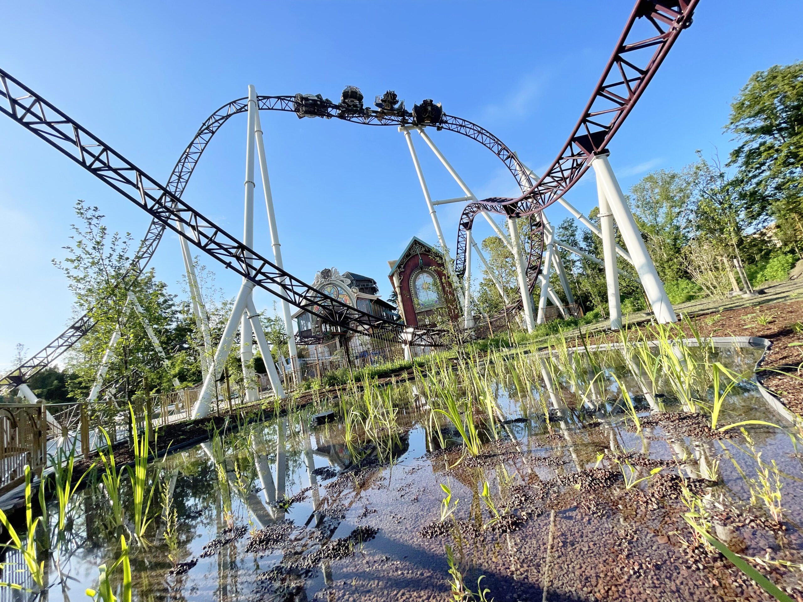 Review: Plopsaland opent The Ride to Happiness by Tomorrowland