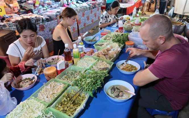 Street-food-at-the-night-market-in-Chiang-Mai