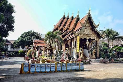 Wat-ket-karam-temple-in-chiang-mai