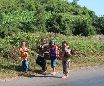 Rural-laos-kids