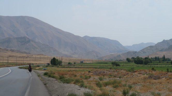 wide-roads-in-iran