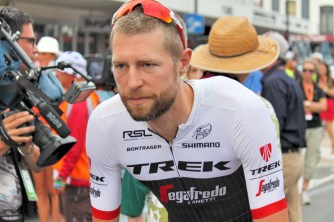 Ryder Hesjedal before the start