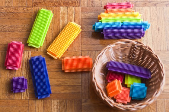 Best Learning Toys for Kids: Indoor Version | learning through play, preschool, toddler, teaching toys, gift recommendations