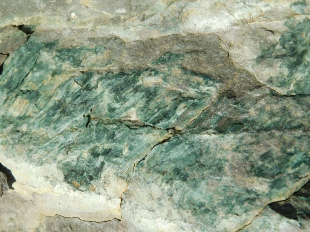 Tons Green Rock