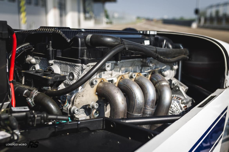 Caterham Seven 485R motore