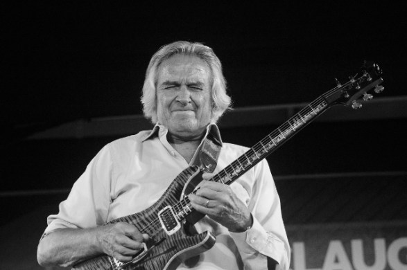 John McLaughlin live in Kolkata. Photo: Margub Ali