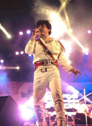 Euphoria frontman Palash Sen performs at Rongali. Courtesy of Rongali Festival/Photocraft Studio