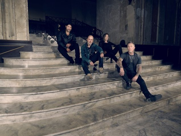Metallica_Hardwired_72RGB_2