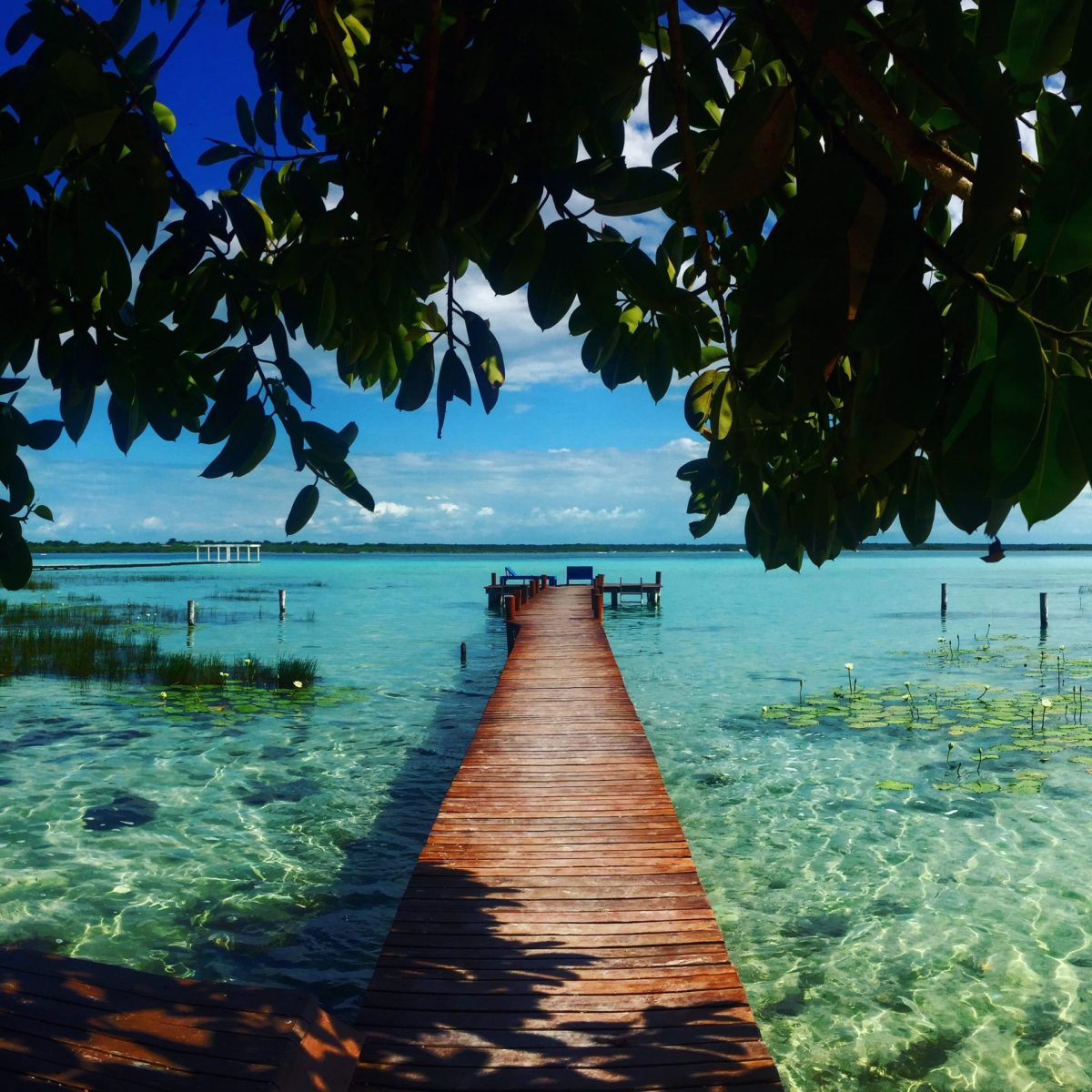 Bacalar, the breathtaking seven colored lagoon