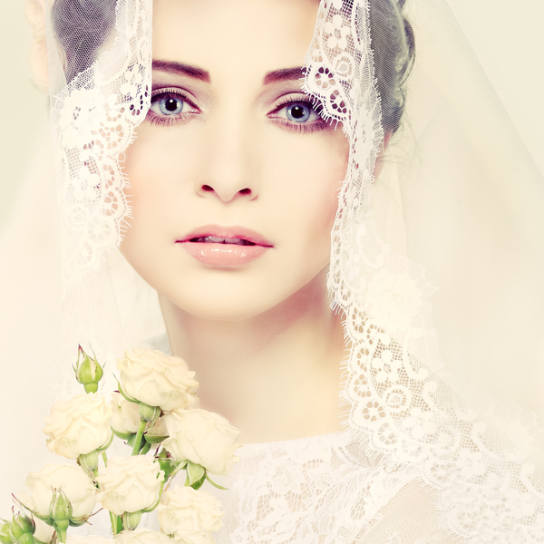 Field_Place_Spring_Bride