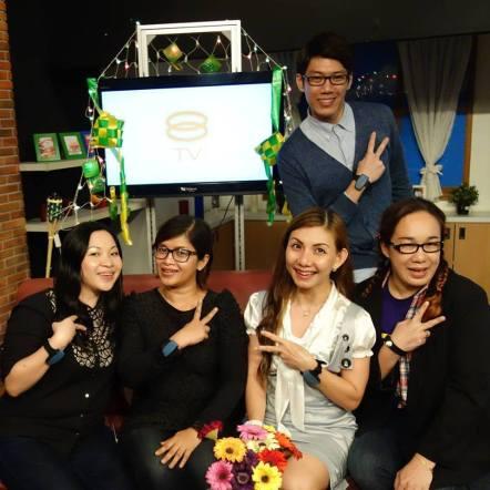 Me, Tommy, Ella, Elana & Mierah - 8TV crew