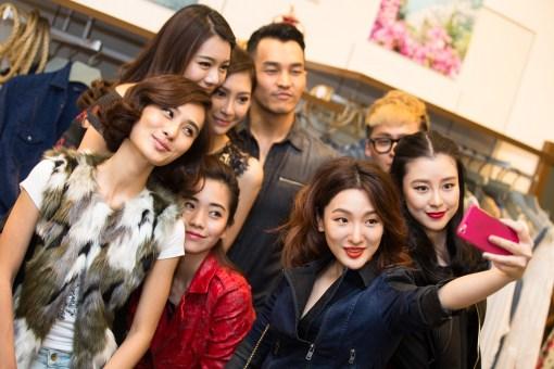 Left to right : Lenna Lim, Zhiny Ooi, Anjoe Koh, John Tan, Echo Lim, Tracy Cheong, Karena Teo & Emily Zying