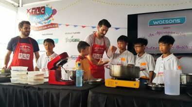 The Fabulous Baker Brothers with children from House Of Joy - Watsons (TLC Festival)