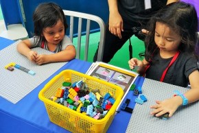 Kids having fun at The LEGO® Movie™ 4D A New Adventure