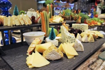 Ah… the cheese spread. Did you manage to see legendary Blue Cheese?