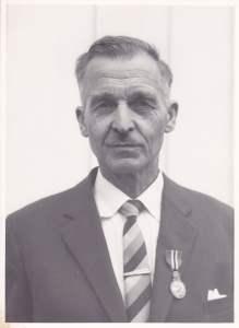 D. K. Huneide (1891-1974) hadde mange gjøremål i Rolvsøy kommune. Da han gikk av etter oppnådd aldersgrense etter 44 år var han herredsgartner, herredsagronom og jordstyrets sekretær