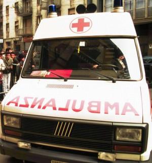 """""""Ospedali senza più posti letto""""  Ambulanze bloccate nei pronto soccorsi"""