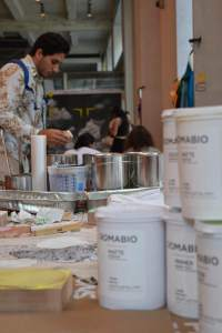 Parsons_paint buckets