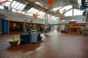 Een supermarkt in een overdekt winkelcentrum in Utrecht