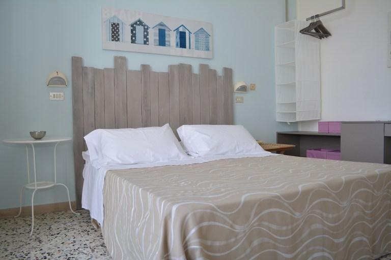 """alt=""""camera standard Hotel Viamare Milano Marittima"""""""