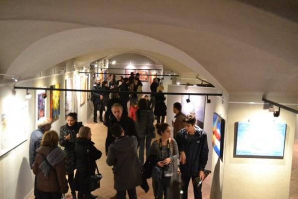 GALLERIA FARINI CONCEPT IN WHITE NIGHT ART CITY IL 24 GENNAIO.                                             Articolo di Rosetta Savelli