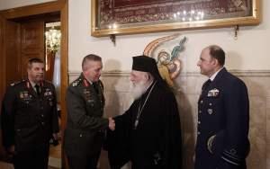 Στον Αρχιεπίσκοπο Αθηνών οι αρχηγοί των Ενόπλων Δυνάμεων