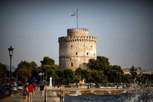 Bürger Thessalonikis werden per Drohne informiert – und versorgt
