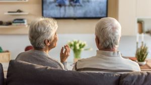 BBC to go ahead with over-75s licence fee changes