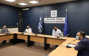 Cultural hiatus, caps on gatherings, telework introduced to stem Covid in Greek capital