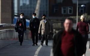 Βρετανία: Λιγότερο από το 50% εμπιστεύονται τα ΜΜΕ στην πληροφόρηση για τον κορωνοϊό