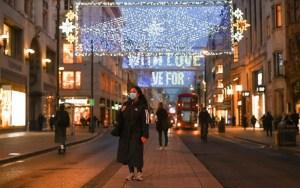 Βρετανία: Διευρυμένο ωράριο καταστημάτων τα Χριστούγεννα και τον Ιανουάριο