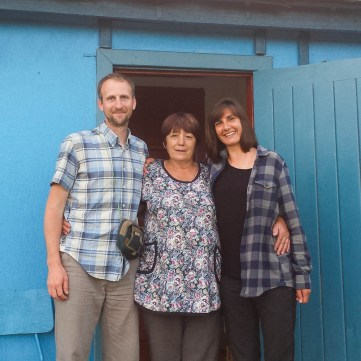 Family pick on day of departure with our Russian adoptive mother (Me, Raya and Caroline)