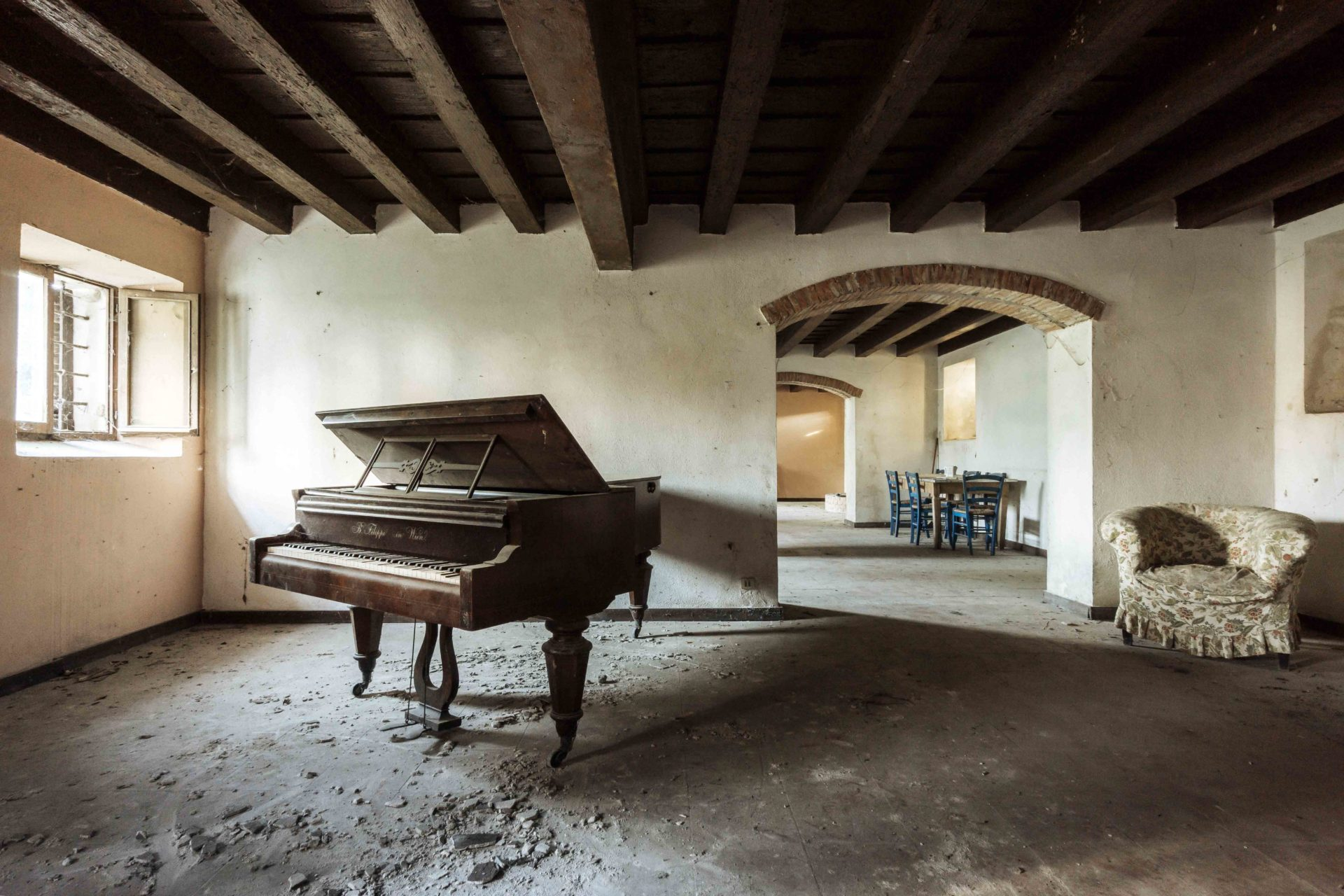 Requiem pour pianos 20 | Serie Requiem pour pianos | Romain Thiery | Italy