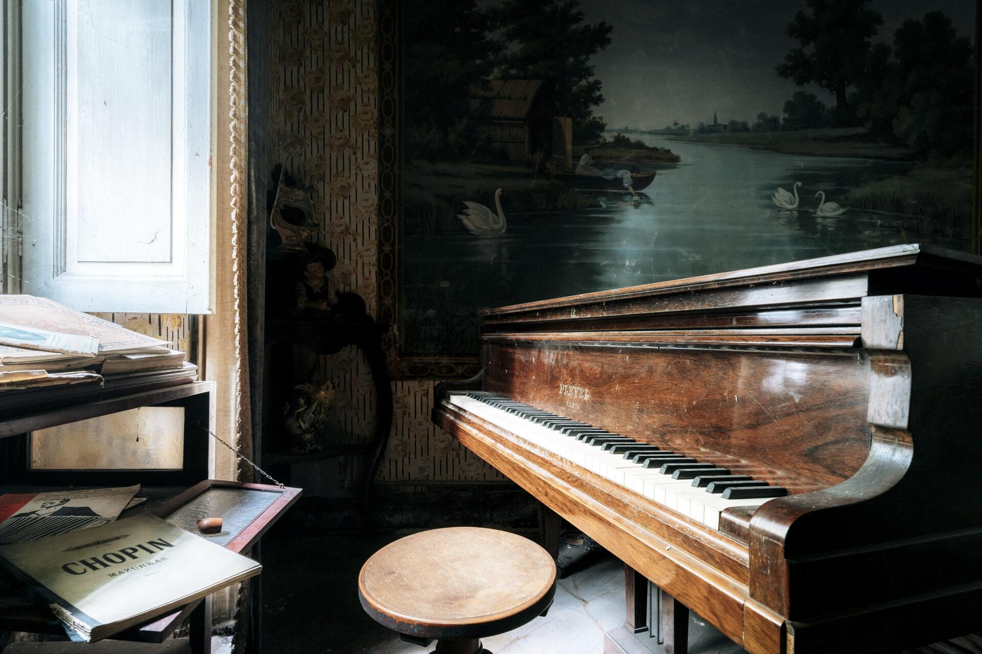 Requiem pour pianos 43 | Serie Requiem pour pianos | Romain Thiery