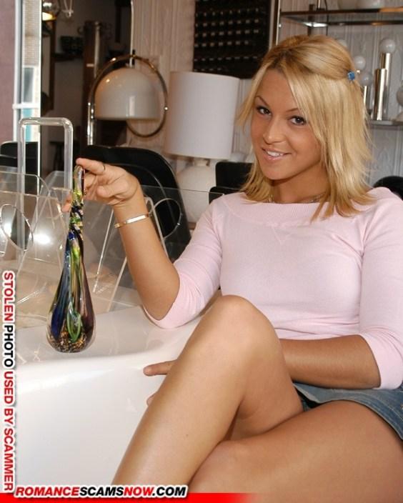 Elizabeth Woods - Lizzy Porsche lizzyporsche231@gmail.com - photo probably stolen
