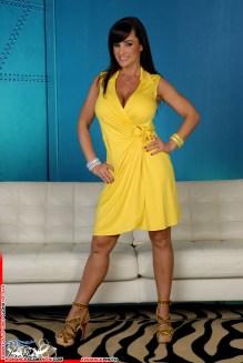 Lisa Ann 25
