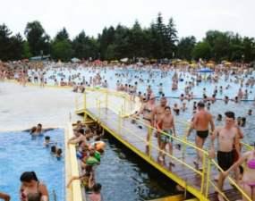 """Mergi? Astăzi are loc unul din cele mai mari Pool Party din România. """"HAIDEŢI SĂ SCRIEM ISTORIE!"""" 38"""