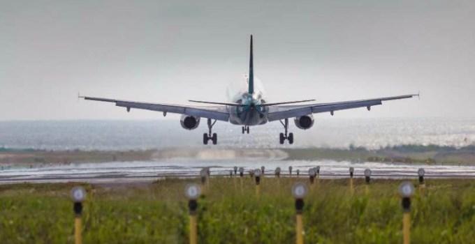 Alertă de coronavirus în România după sosirea unui avion din Italia. O pasageră a averizat că fiicele ei vin din Lombardia 10