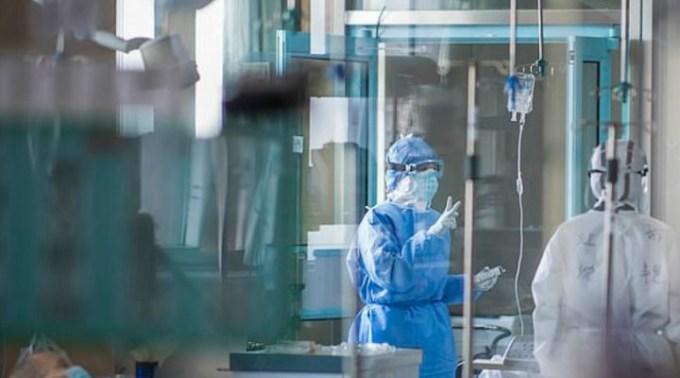 Studiu nou. coronavirusul poate cauza leziuni cerebrale, psihoze şi delir 1