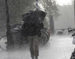 ANM, avertizare nouă METEO pentru toată România. Ploi torențiale până miercuri la ora 23:00 6