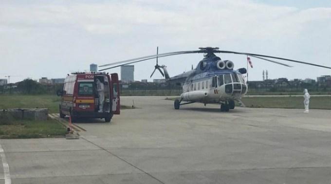 Situație gravă în București. Nu mai sunt locuri la terapie intensivă Un pacient COVID este dus cu elicopterul la Craiova 1