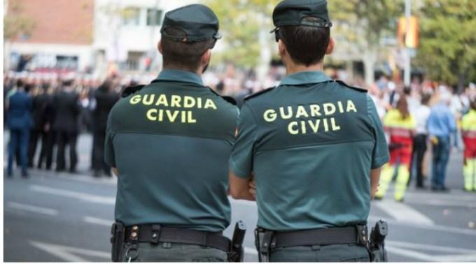 """Răzvan Chiruță, în Spania: """"Maică-mea a fost la un pas să fie jefuită. O femeie a început să strige la noi că suntem furați, chiar când ne suiam în tren. Un alt tânăr s-a pus în ușă, ca să nu plece trenul ...Poliția a venit efectiv ..."""" 1"""