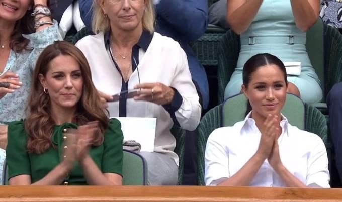"""Declaratii de invingatoare! Regina Simona Halep in fata Ducesei de Cambridge, Kate, și ducesei de Sussex, Meghan. """"Niciodată nu am jucat un meci mai bun de atât. Serena m-a învins de fiecare dată, am lucrat mult ca să o înving. A fost o ..."""" 2"""