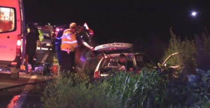 (Video/Foto) Accident Grav! 5 morți, 7 răniți pe Drumul European 581. A fost activat Planul roșu de intervenție 13